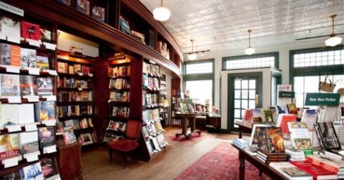 RJ Julia Booksellers